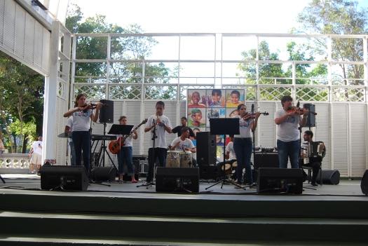 Los Violines de Marquito en la Caminata de SER Puerto Rico